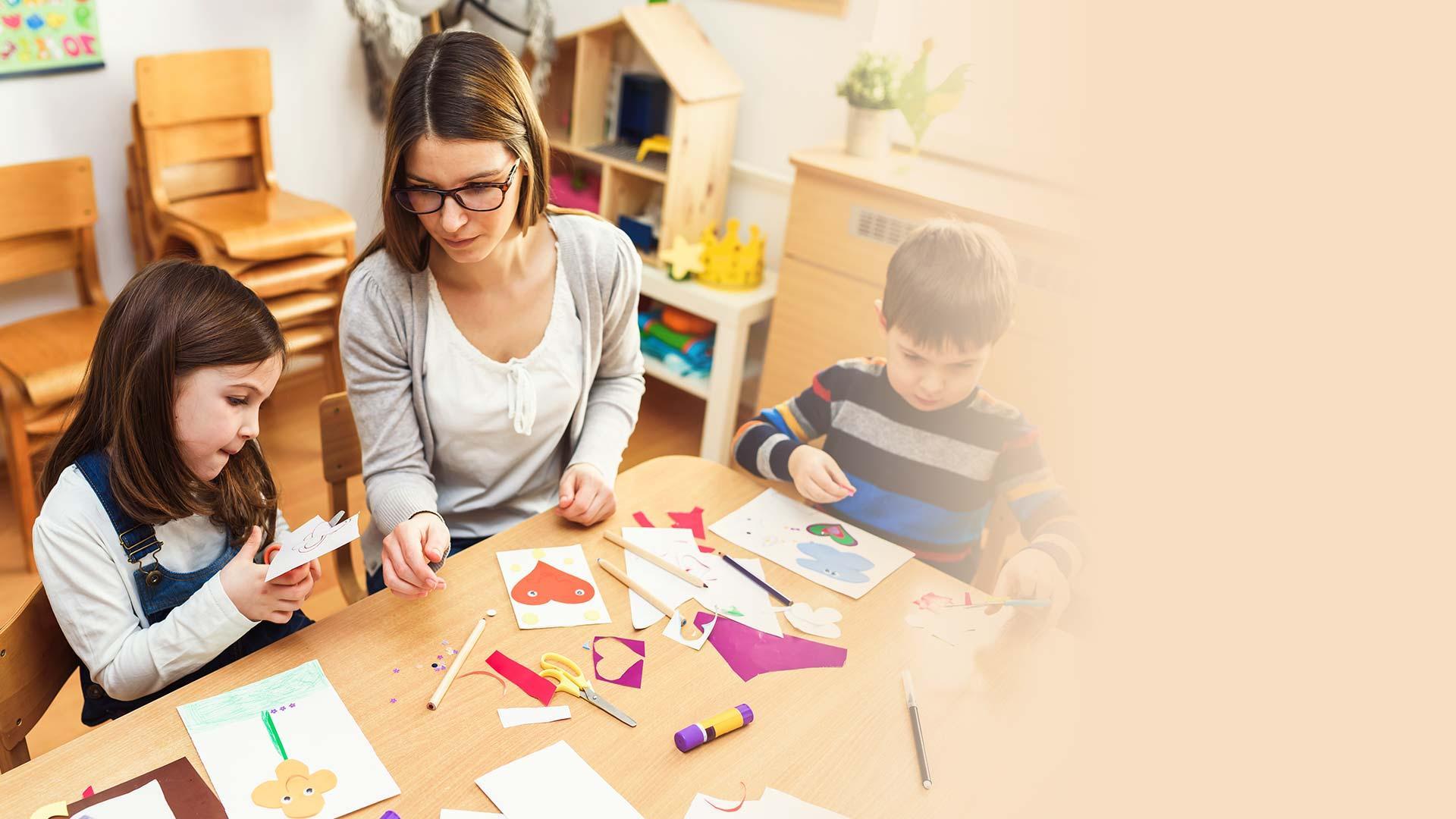 Perhepäivähoitaja Koulutus